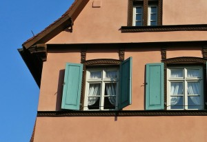 Les astuces et les conseils pour r ussir peindre votre - Peindre la facade de sa maison ...