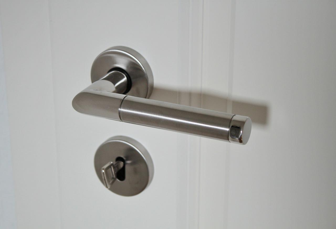 door-handle-625942_1280